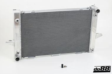 Volvo 850/X70 Manual 93-98 Radiator
