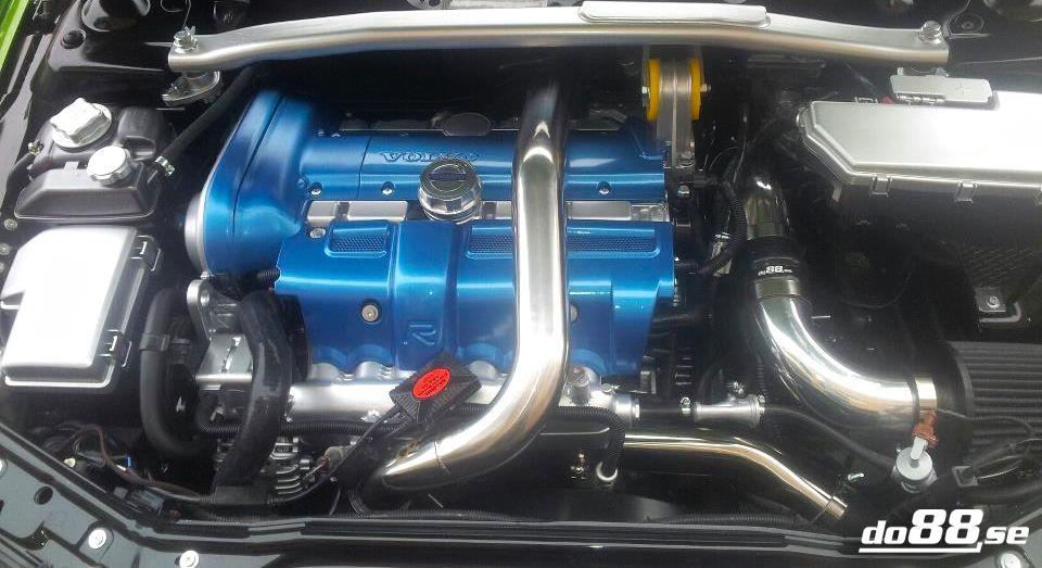 volvo s60  v70n turbo pressure pipes  blue hoses  00