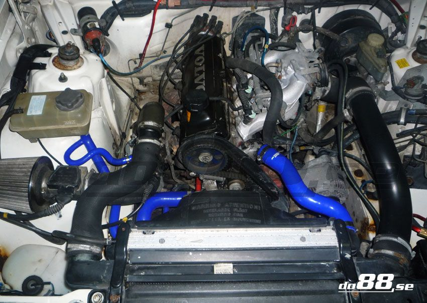 Volvo 700 940 Turbo Coolant Hoses 740 85 91 940